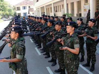 As mulheres têm diversos cargos à disposição no Serviço Militar